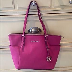 MICHAEL KORS | magenta pink leather handle tote 💕